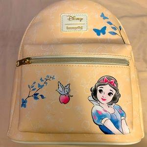 Stunning DisneyxLoungefly SnowWhite mini backpack